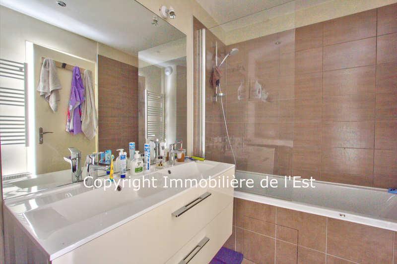 Appartement  96 m² environ  5 pièces Ugine