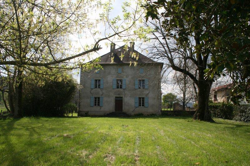 Maison  278 m² environ  12 pièces Larceveau-Arros-Cibits