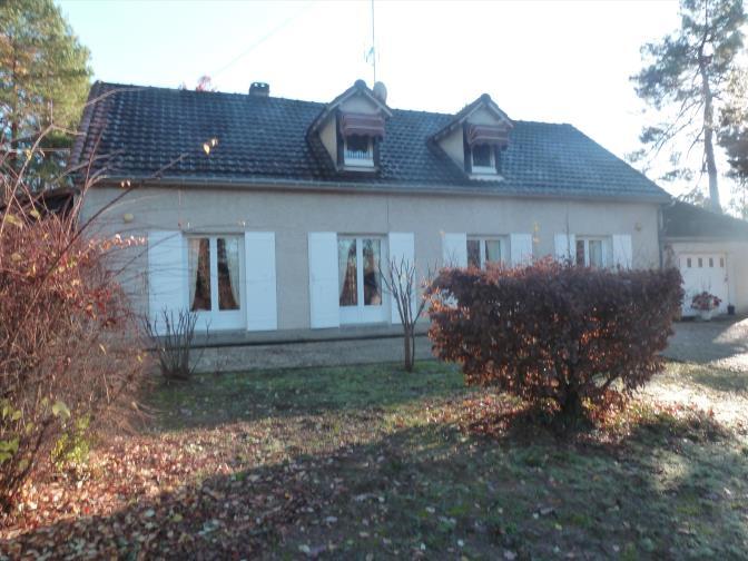 Maison  221 m² environ  7 pièces Queyssac