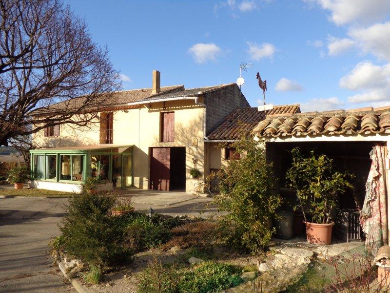 Maison  146 m² environ  7 pièces Uchaux