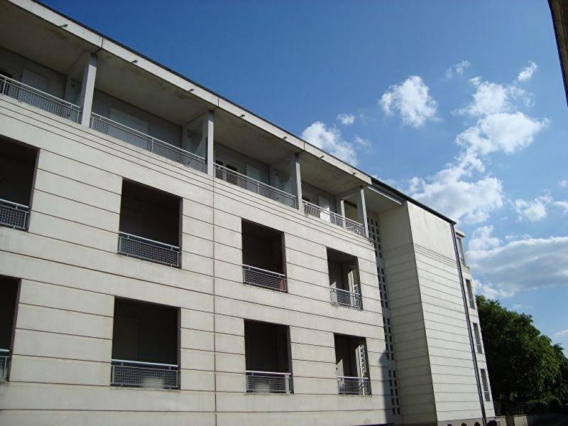 Appartement  17 m² environ  1 pièce