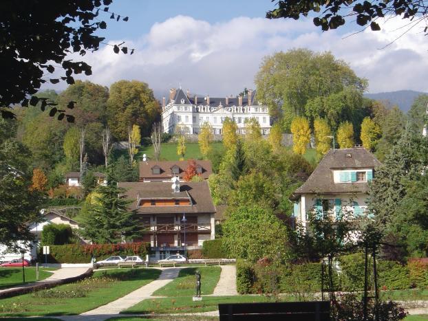 Savoie haute savoie et pays de gex pays de gex un march for Logic immo savoie