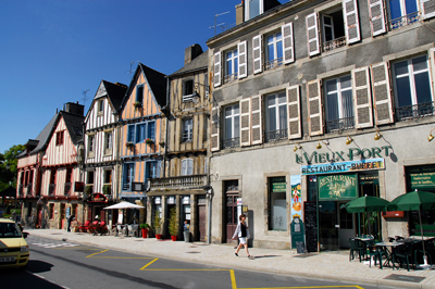 VANNES : PORT D'ATTACHES