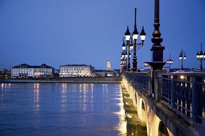 Bordeaux bordeaux bastide le quartier qui ne fait pas les for Bordeaux bastide immobilier