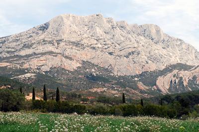 Provence Aix Sud Lub Ron Et Alpilles Pays D 39 Aix Finie La