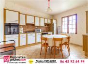 Maison Romorantin Lanthenay • 203m² • 7 p.