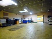 Local commercial Thizy • 206m²
