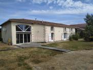 Maison Jonzac • 269m² • 8 p.