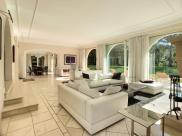 Maison Mougins • 470m² • 10 p.