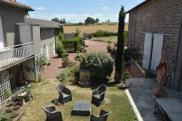 Propriété Le Coteau • 600 m² environ • 10 pièces