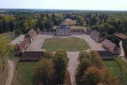 Château / manoir Bourges • 660m² • 11 p.