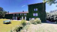 Maison St Jacques des Arrets • 300 m² environ • 9 pièces