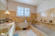 Maison St Junien • 230m² • 6 p.