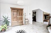 Propriété Guerard • 380 m² environ • 14 pièces