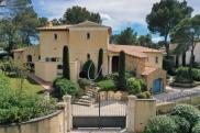Maison St Raphael • 250m² • 7 p.