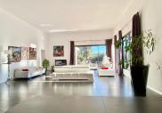 Maison Nimes • 220 m² environ • 4 pièces