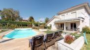 Villa Prevessin Moens • 211m² • 6 p.