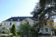 Château Tours • 500 m² environ • 20 pièces
