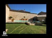 Maison St Genies des Mourgues • 260m² • 6 p.