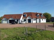 Maison Abbeville • 200m² • 7 p.