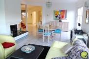 Maison Oeting • 375 m² environ • 8 pièces