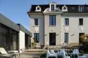 Hôtel particulier Tassin la Demi Lune • 882m² • 18 p.