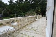 Villa Saintes • 408m² • 9 p.