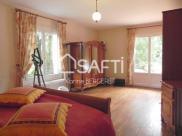 Villa Bezu St Eloi • 196m² • 7 p.