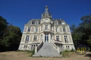 Château / manoir St Georges sur Loire • 800m² • 12 p.