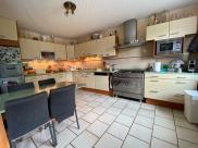 Maison Lons le Saunier • 355m² • 10 p.