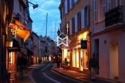 Local commercial St Tropez • 25m²