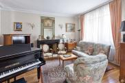 Maison Beauvais • 360m² • 12 p.