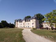 Château / manoir Fontenay le Comte • 640m² • 15 p.
