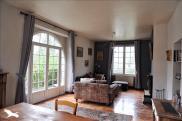 Maison Confolens • 250m² • 8 p.