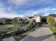 Villa Nissan Lez Enserune • 200m² • 5 p.