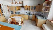 Maison Oyonnax • 255m² • 8 p.