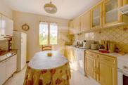 Maison Sarrians • 250m² • 10 p.