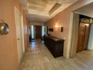 Maison Neauphle le Chateau • 419m² • 9 p.