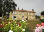 Maison St Emilion • 320m² • 12 p.