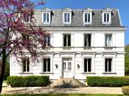 Maison Montfort l Amaury • 600m² • 13 p.