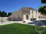 Location vacances Camaret sur Aigues (84850)