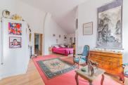 Maison Orange • 397 m² environ • 7 pièces