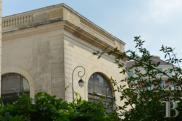 Hôtel particulier Vichy • 3 000 m² environ