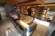 Local commercial Megeve • 118 m² environ