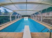 Maison Luceram • 262m² • 10 p.