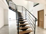 Propriété Parmain • 360 m² environ • 8 pièces