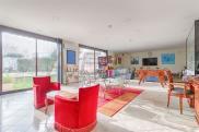 Villa Houilles • 300m² • 10 p.