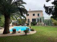 Villa Cuers • 346m² • 7 p.