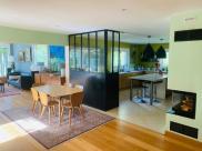 Maison Latresne • 300m² • 9 p.