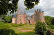 Château / manoir Aubigny sur Nere • 2 000m² • 20 p.